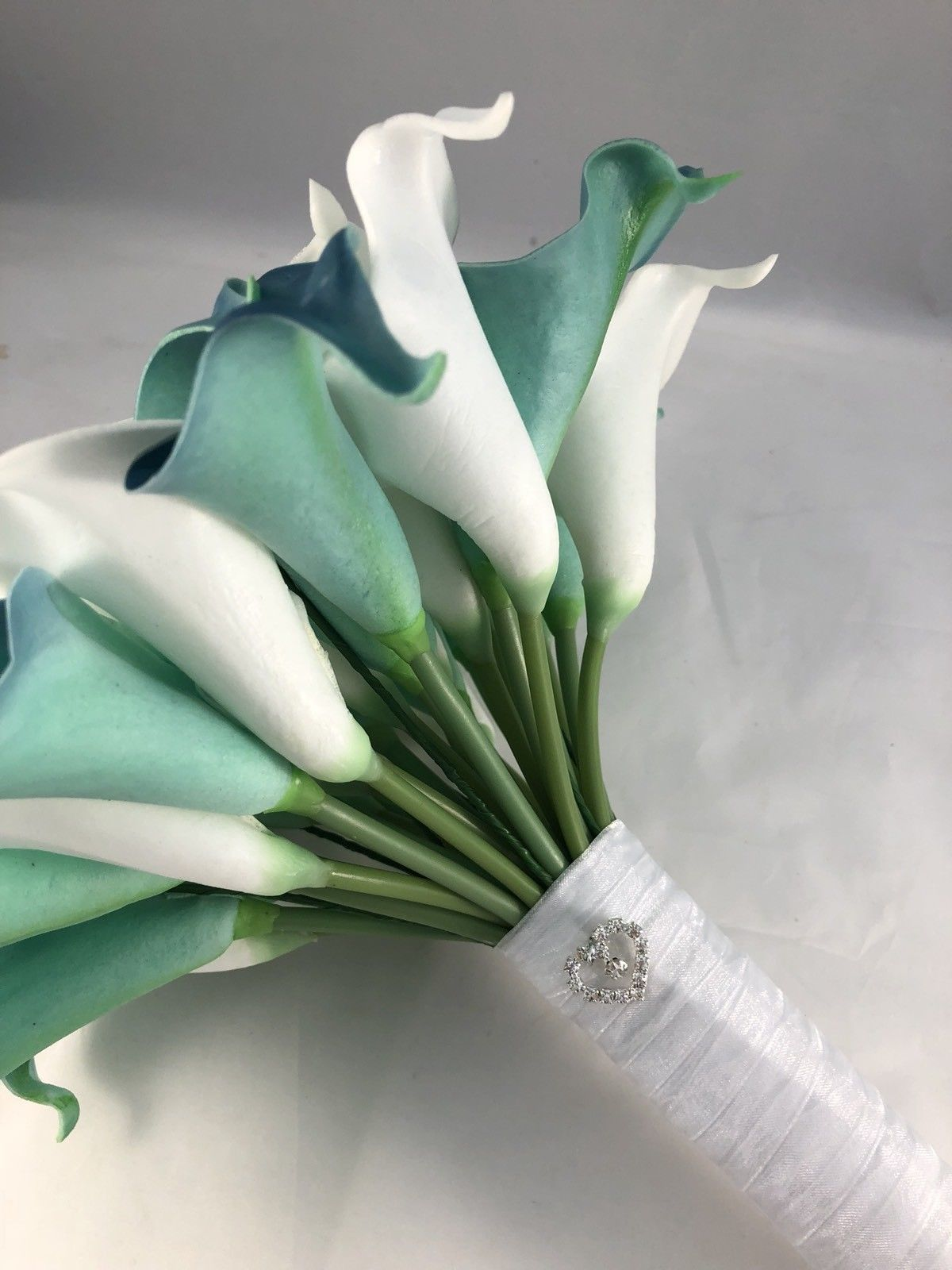 Flowers artificial calla lily bride bouquet white teal aqua green wedding flowers artificial calla lily bride bouquet white teal aqua green izmirmasajfo Choice Image